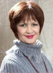 Лариса Жарова